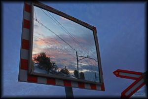 Mirror's reflection by vodoc