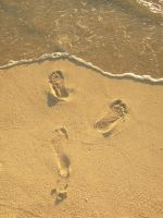 Disappearing Footprints by ImNotParanoid