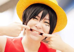Monkey.D.Luffy Smile by Mcosplay