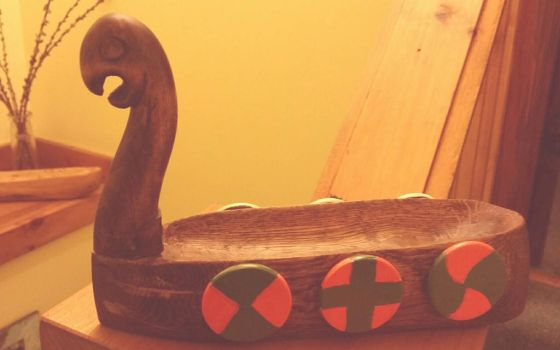 Viking ship, hand carved  by LostHawK81