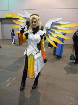 EpicCon Frankfurt 2016 cosplay: Mercy by Lalottered