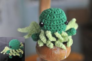 Tiny Cthulhu by Space-Un1corn