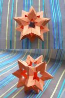 Origami : Kusudama star holes by Coqkie