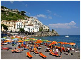 Italy - Sunbathing in Amalfi by AgiVega