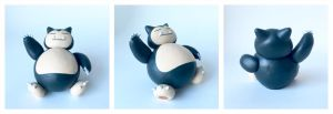 Waving Snorlax by lonelysouthpaw