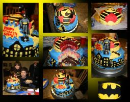 Batman and Red Robin Birthday Cake by CHR0NIE