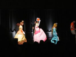 ConnectiCon 2012 - Daisy, Peach, and Rosalina by VideoGameStupid