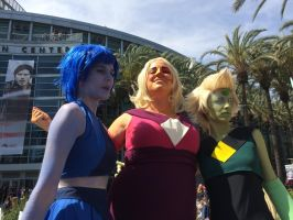 Home World Gems At The WonderCon by Closer-To-The-Sun
