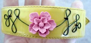 Wire And Flower Bracelet by RaheHeul