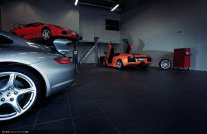 Cars in workshop by dejz0r