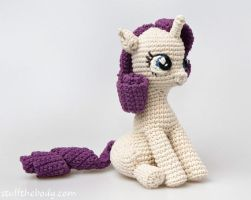 Rarity based on Seamless Sitting Pony Pattern by Stuffthebody