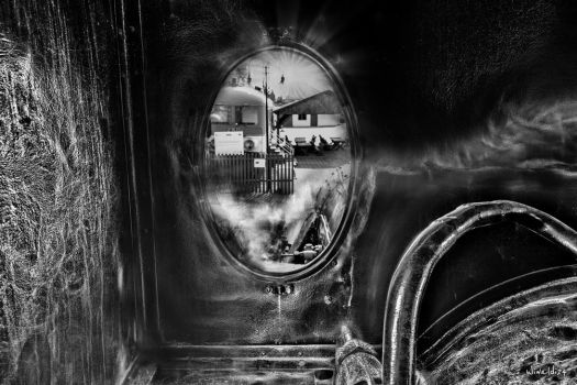 Inside the locomotive by wiwaldi24