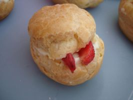 Cream Puff with Strawberries by HoodieGirl84