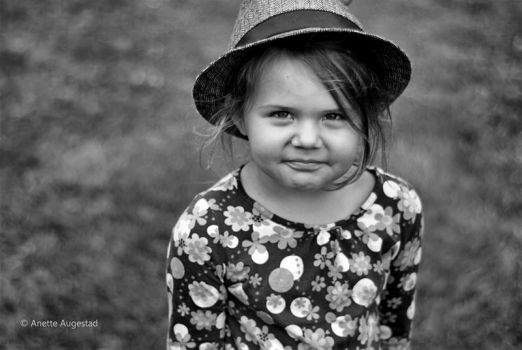 Little Angel by Hestefotograf
