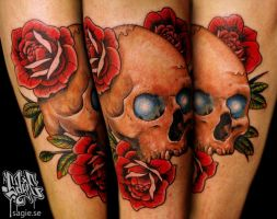 Glowy eye skull tattoo by -sagie-