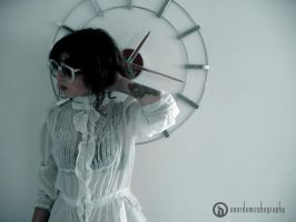 girl with glasses_3 by uclukalem