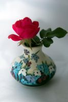 Rose and Vase by drewii57