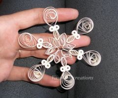 Quilled snowflake 2 by OmbryB