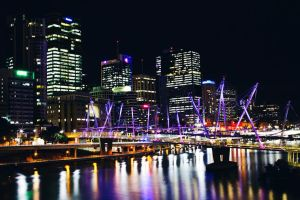 Brisbane by night by Criquet