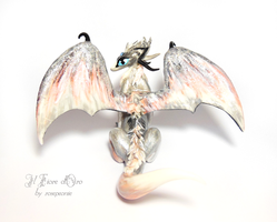 White and silver Wolf Dragon 2 by rosepeonie