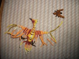 bead phoenix and bee by LilDash
