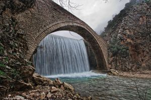 Stone bridge of Palaiokaria by I-L-P