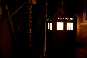 TARDIS by night by aoifasd