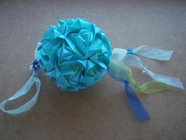 Royal rose kusudama by Ilyere
