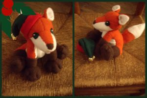 Seasons Greetings: Holiday Fox by VesteNotus