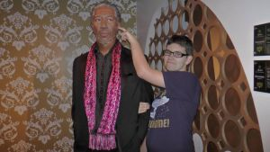 I just picked MorganFreeman's ear(madame tussauds) by Albme94