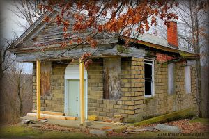 Evans City Cemetery Chapel by GlassHouse-1