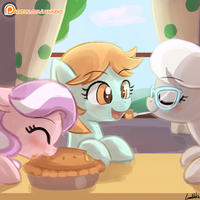 Mmmm Pie by luminaura
