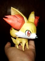 Fennekin Papercraft by Sabi996