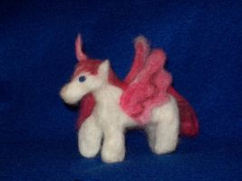 Needle Felting: Unicorn by randomproxy