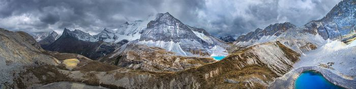 5000 Meters Above by Furiousxr