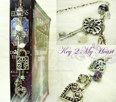 Key 2 My Heart by luthien27
