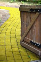 follow the yellow brick road by ringmale