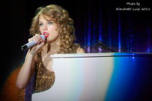 Taylor Swift Live Milano 4 by luis75
