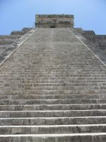 Chitzen-Itza Pyramid 2 by HotDogVamp