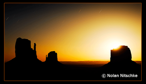 Monument Valley Moonrise by narmansk8