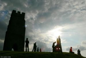 UK - Glastonbury Tower silhouette by Ludo38