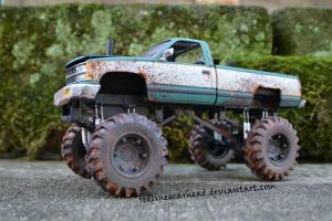 Mud bogger by RedlineGearhead