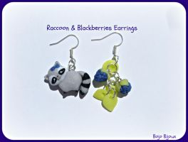 Raccoon and blackberries earrings by Bojo-Bijoux