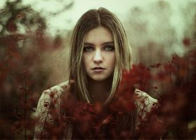 Sad eyes by Cheza-Flower