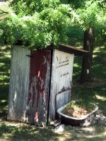 Roxstock old outhouse by RoxStock
