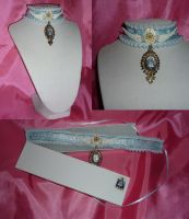 AW: Queen Alice Choker by sadwonderland