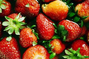 The first strawberries II by patamfreti