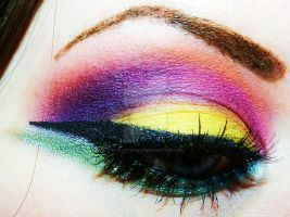 Rainbow Eye by XxXCheyenneXxX