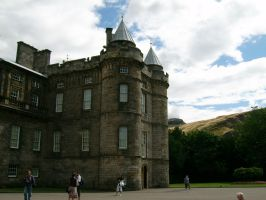 Holyroodhouse in Edinburgh by ahdser