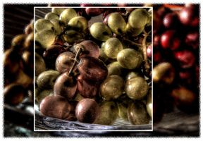 Grapes in a Box by sharan